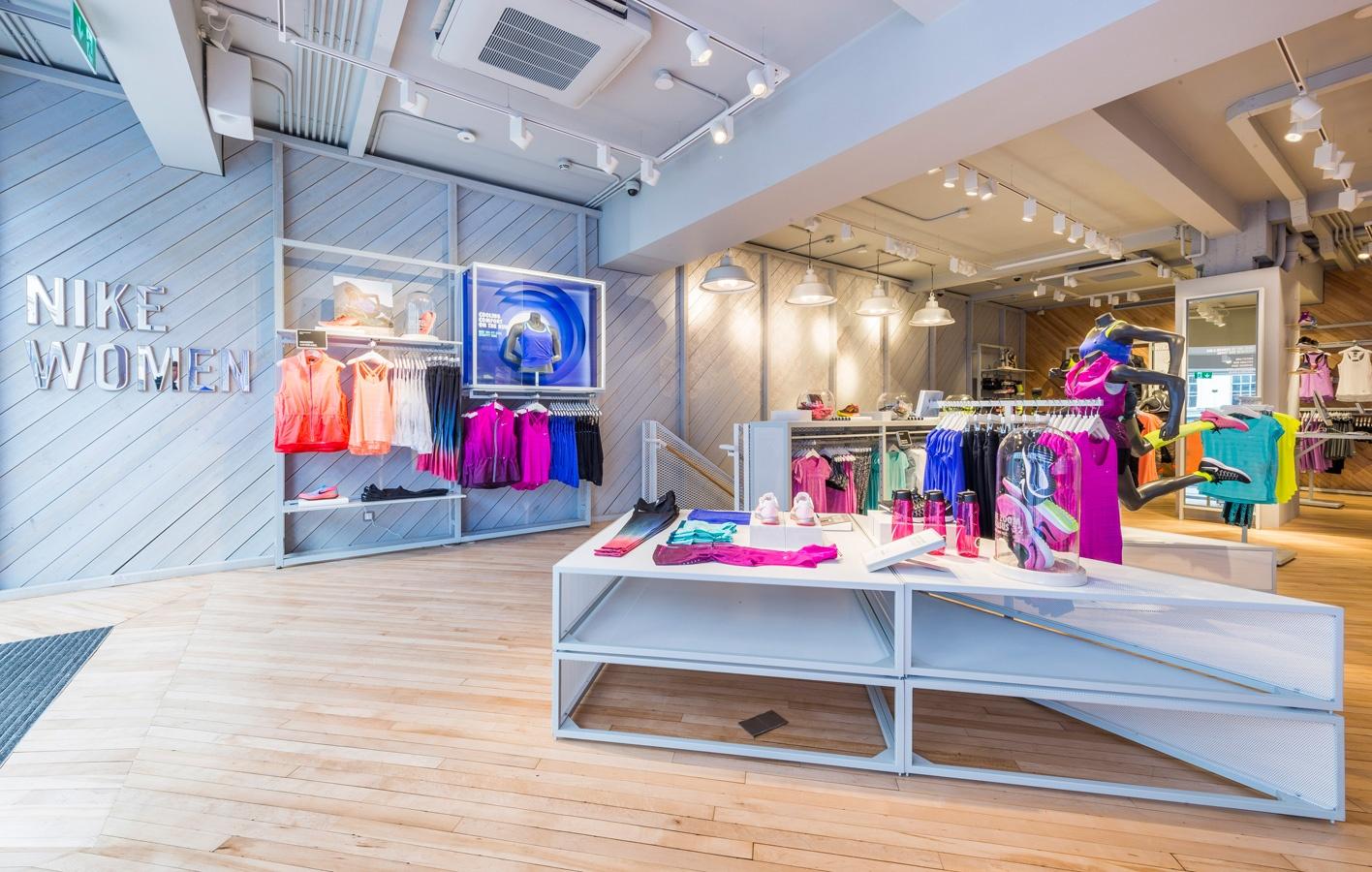 Nike Women's - Kings Road 2